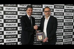 MACRON новый технический спонсор Hellas Verona